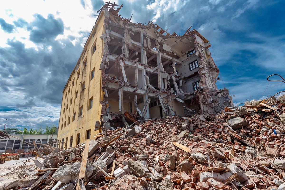 Apartman ve siteniz için deprem yönetmeliği ile ilgili 2M Yönetim olarak bizlerden destek alabilirsiniz.
